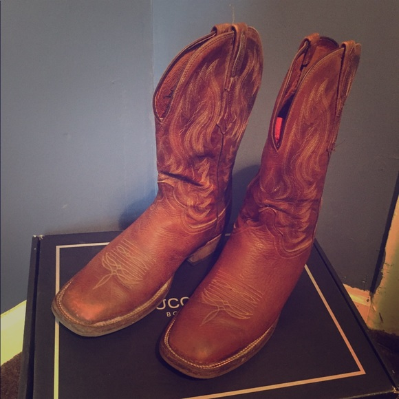 0aa245b13c2 Lucchese Bison Crepe Sole Square Toe Boots